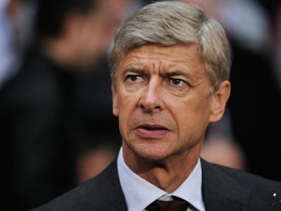 """Арсен Венгер не спешит подписывать новый контракт с """"Арсеналом"""""""