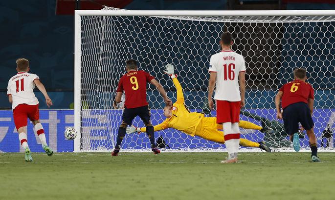 Сборная Польши сыграла вничью с Испанией благодаря Левандовски